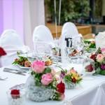 結婚式を欠席する場合のハガキの書き方 電報やご祝儀は必要?