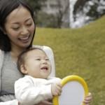 赤ちゃんの紫外線対策はいつから?散歩の時に日焼け止めは必要?