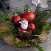 クリスマスリースを玄関に飾るのは風水に影響あり?!