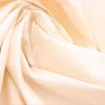 結婚式でストールを巻くときのマナーや色々な巻き方2つ。